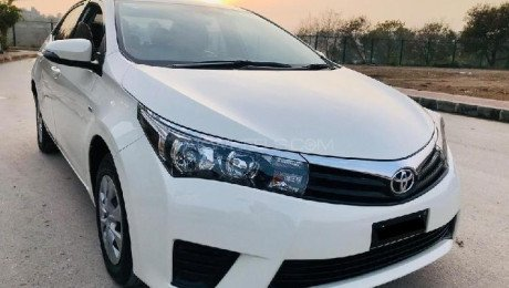 Toyota 2015 Model Full Loaded with new accessories fully multimedia